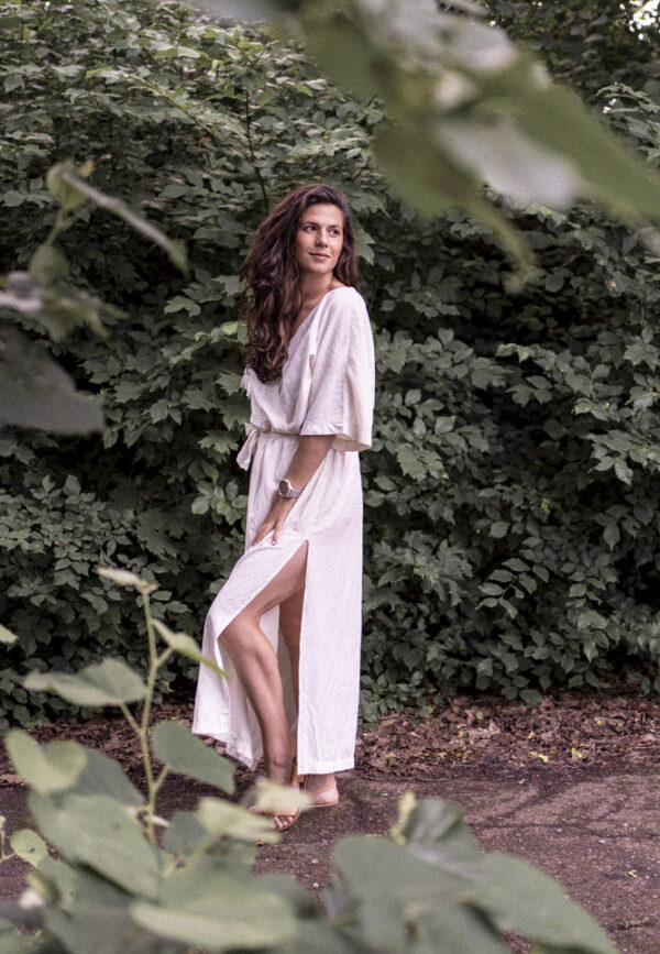 Дълга бяла бохемска рокля LOTUS от вискоза